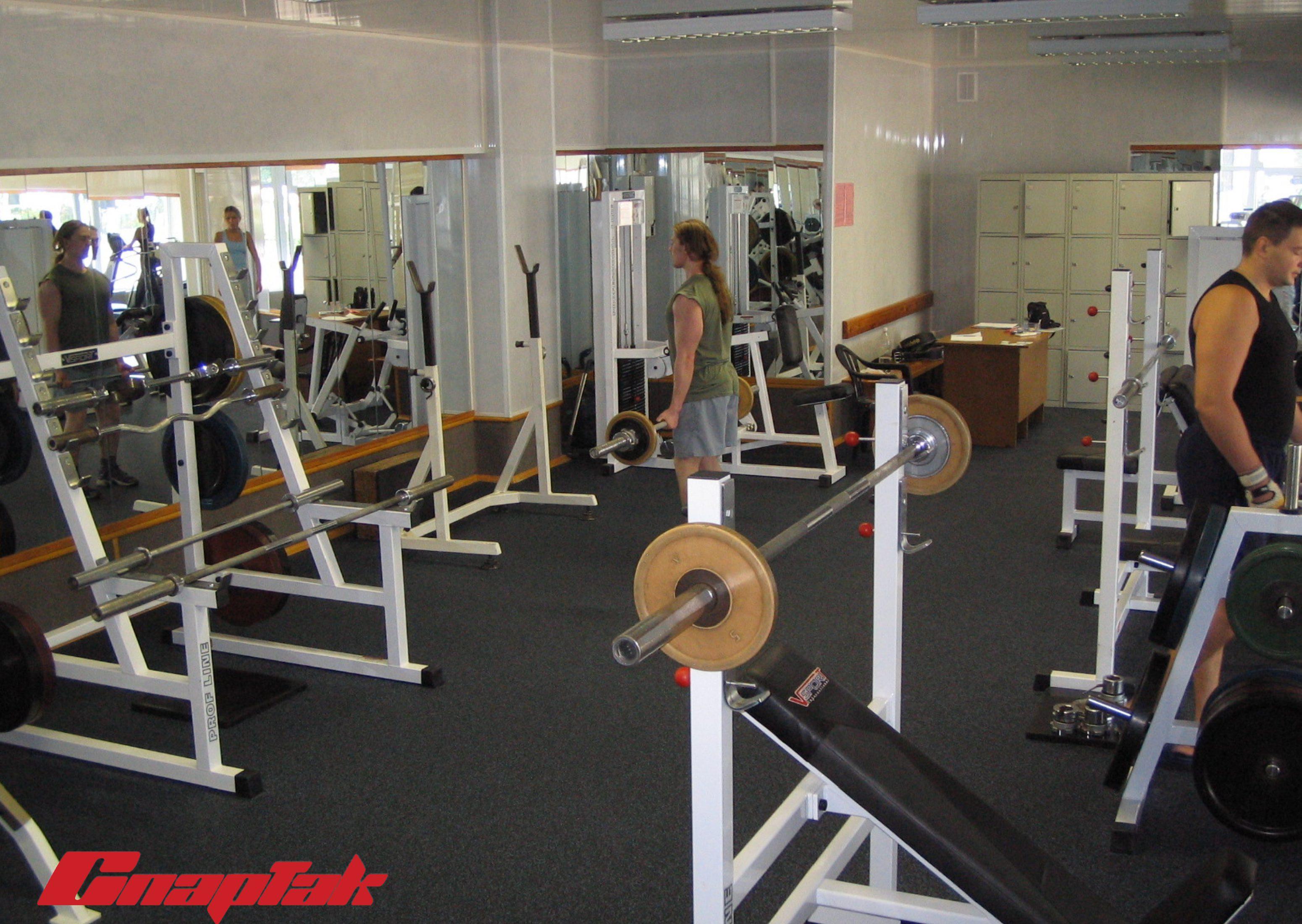 спартак тренажерный зал 2 3100x2200 Тренажерный зал Спартак