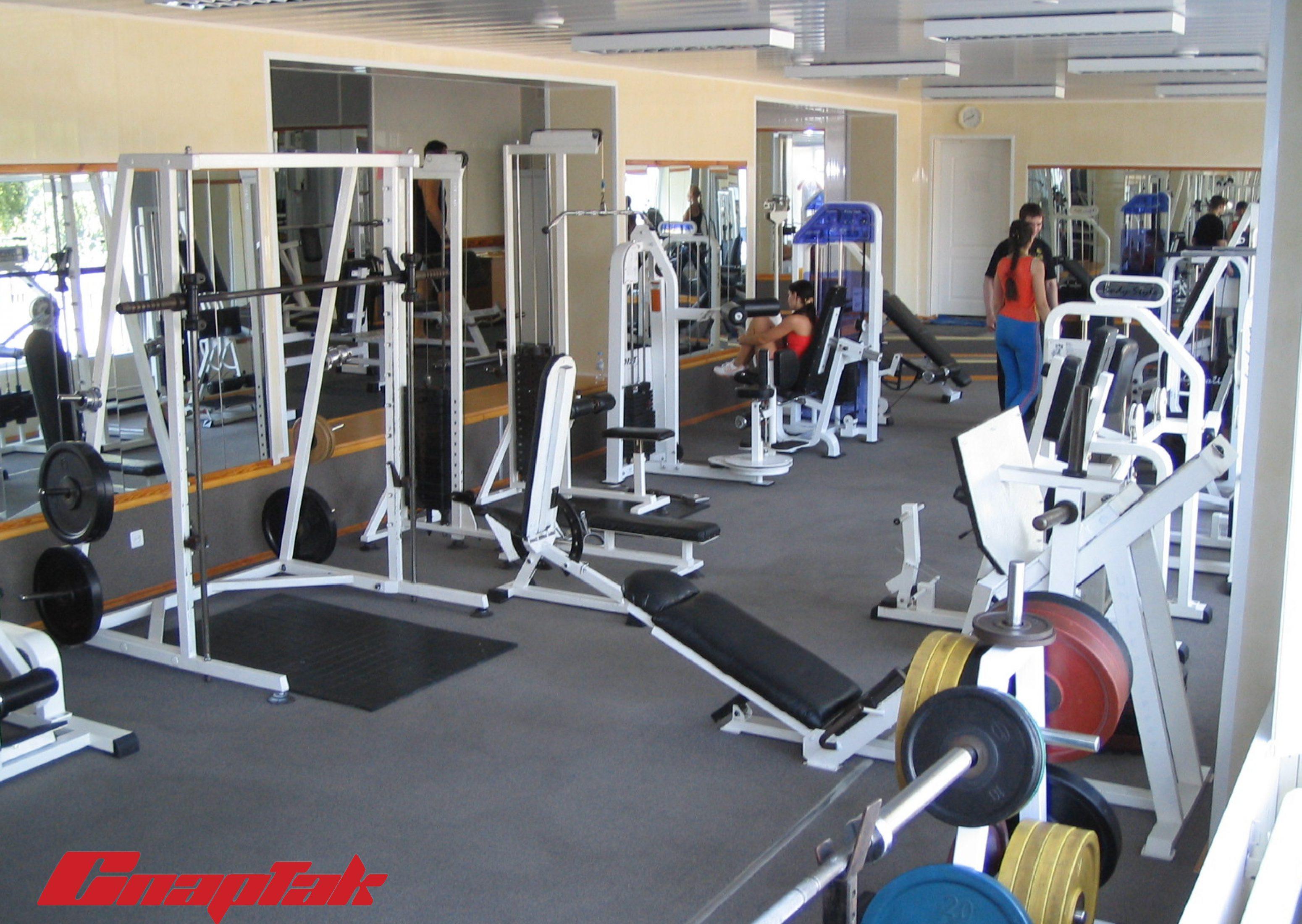 спартак тренажерный зал 4 3100x2200 Тренажерный зал Спартак